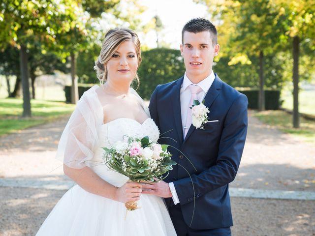 Le mariage de Delphin et Delphine à La Chapelle-de-Guinchay, Saône et Loire 7