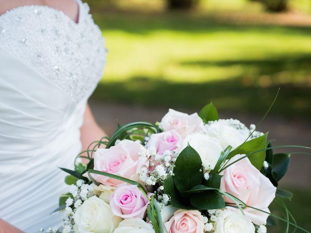 Le mariage de Delphin et Delphine à La Chapelle-de-Guinchay, Saône et Loire 16