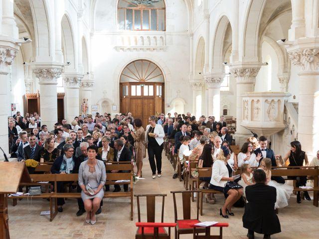 Le mariage de Delphin et Delphine à La Chapelle-de-Guinchay, Saône et Loire 38