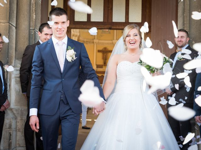 Le mariage de Delphin et Delphine à La Chapelle-de-Guinchay, Saône et Loire 39