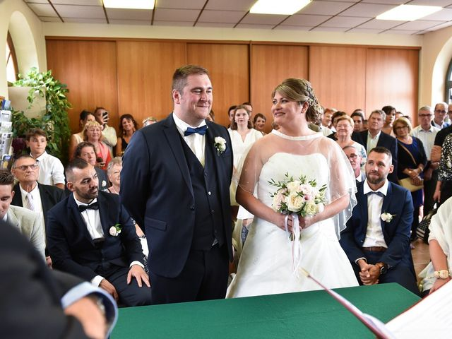 Le mariage de Alexandre et Mylène à Sennecey-lès-Dijon, Côte d'Or 21