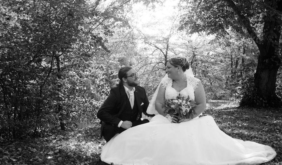Le mariage de Teddy et Charlotte à Jaunay-Clan, Vienne