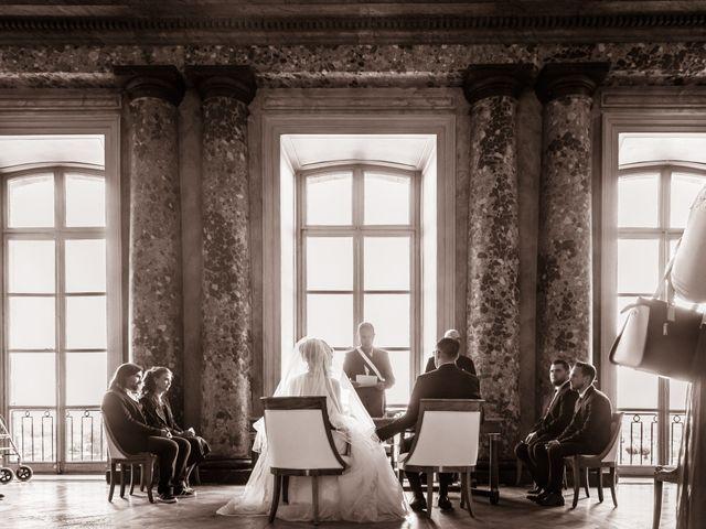 Le mariage de Adrien et Ophélie à Blois, Loir-et-Cher 13