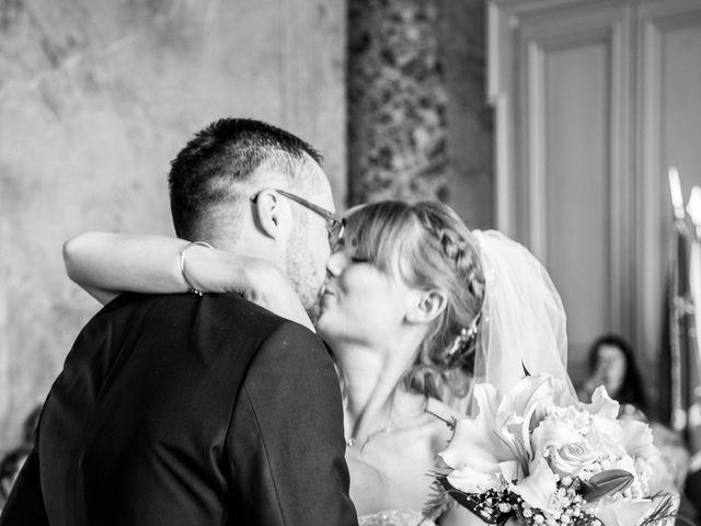 Le mariage de Adrien et Ophélie à Blois, Loir-et-Cher 16