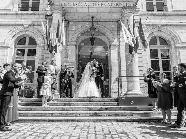 Le mariage de Adrien et Ophélie à Blois, Loir-et-Cher 23