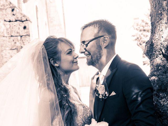 Le mariage de Adrien et Ophélie à Blois, Loir-et-Cher 33