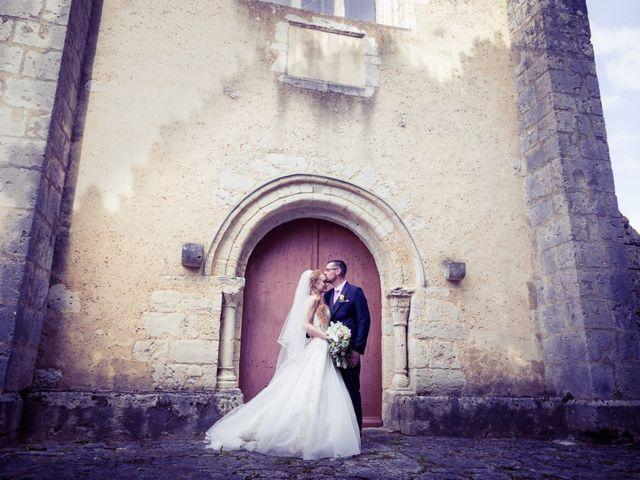 Le mariage de Adrien et Ophélie à Blois, Loir-et-Cher 34