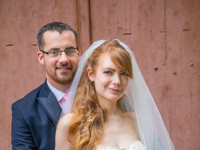 Le mariage de Adrien et Ophélie à Blois, Loir-et-Cher 35