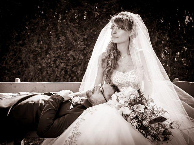 Le mariage de Adrien et Ophélie à Blois, Loir-et-Cher 37