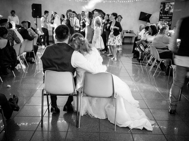 Le mariage de Adrien et Ophélie à Blois, Loir-et-Cher 87