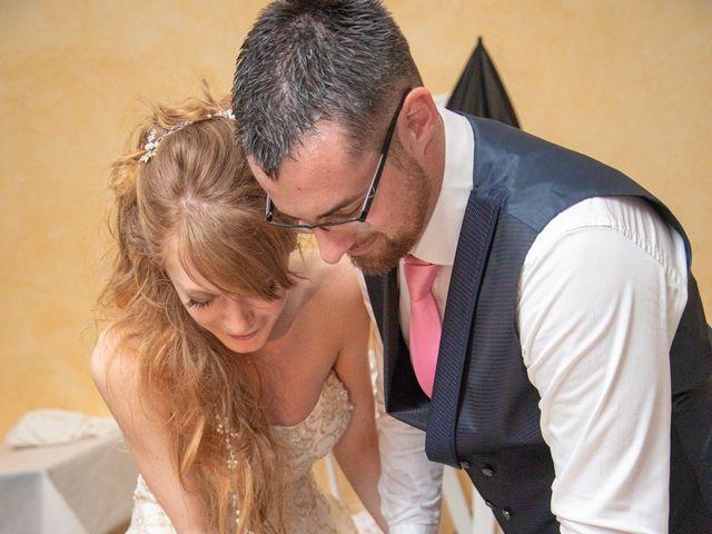 Le mariage de Adrien et Ophélie à Blois, Loir-et-Cher 91