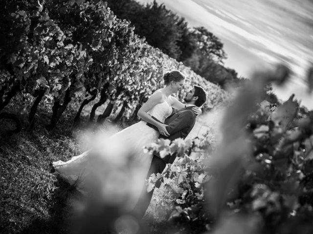 Le mariage de Olivier et Camille à Cognac, Charente 23