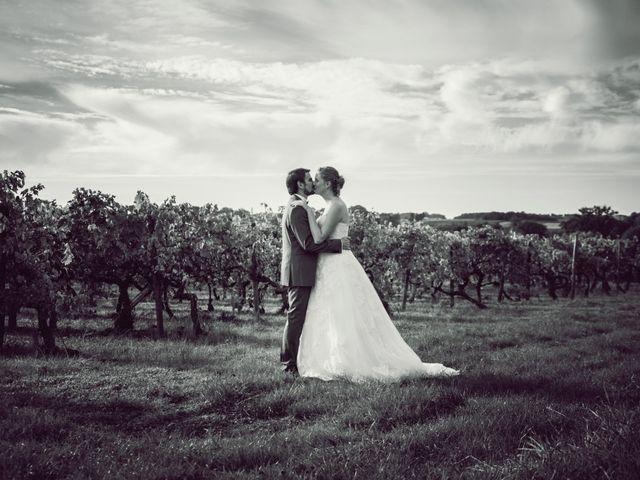 Le mariage de Olivier et Camille à Cognac, Charente 24