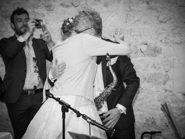 Le mariage de Olivier et Camille à Cognac, Charente 38