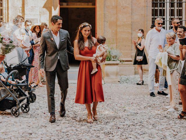 Le mariage de Thomas et Mathilde à Trets, Bouches-du-Rhône 3