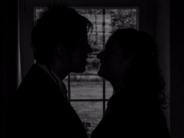 Le mariage de Sabrina et Emilie à Verneuil-sur-Avre, Eure 1