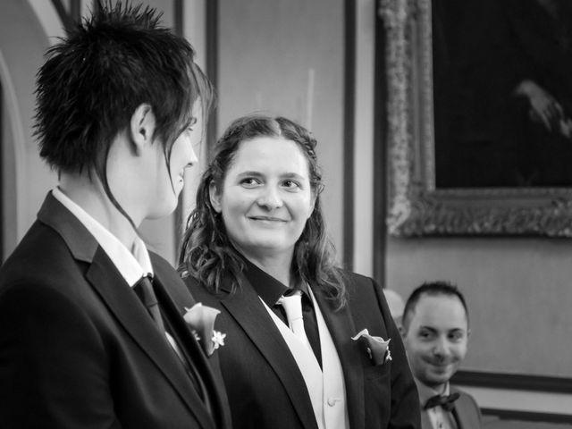 Le mariage de Sabrina et Emilie à Verneuil-sur-Avre, Eure 5