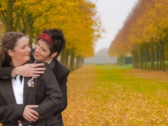 Le mariage de Sabrina et Emilie à Verneuil-sur-Avre, Eure 15