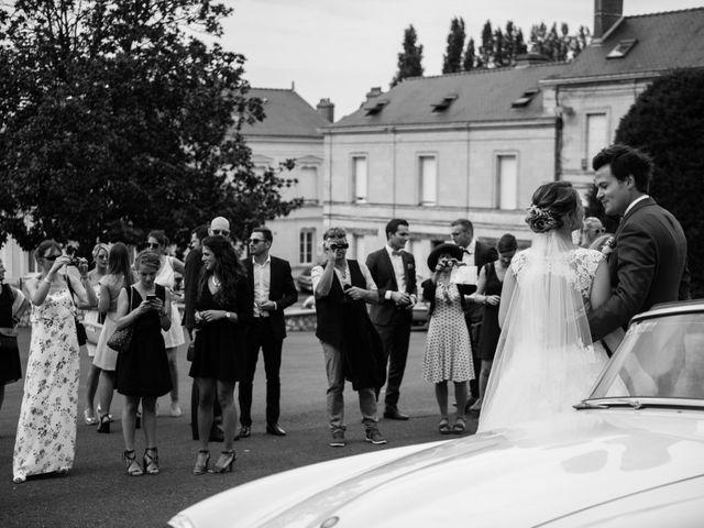 Le mariage de Arnaud et Amandine à Champigné, Maine et Loire 36
