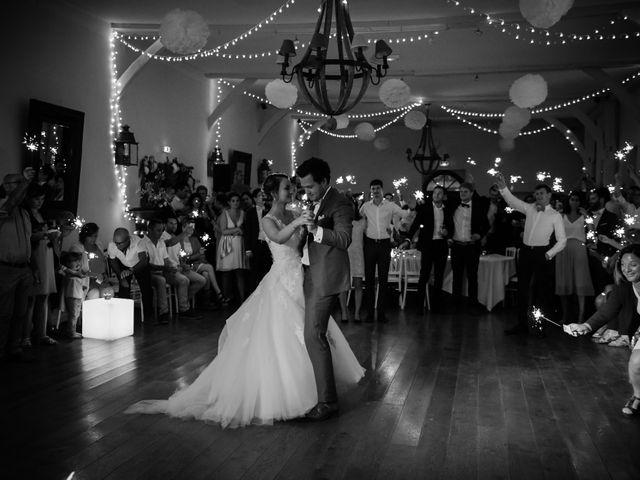 Le mariage de Arnaud et Amandine à Champigné, Maine et Loire 79