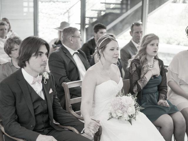 Le mariage de Nicolas et Anaïs à Marseille, Bouches-du-Rhône 18