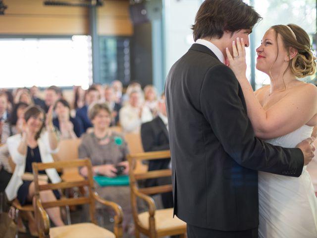Le mariage de Nicolas et Anaïs à Marseille, Bouches-du-Rhône 23