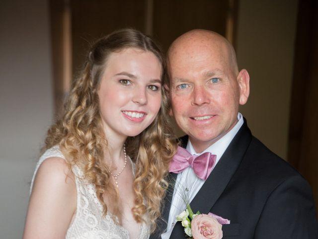 Le mariage de Mark et Natalia à Radepont, Eure 32