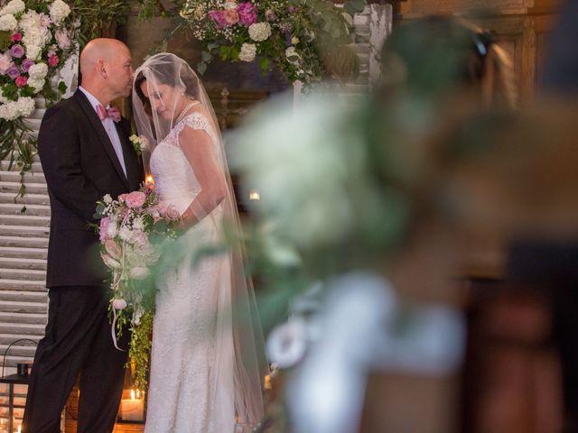 Le mariage de Mark et Natalia à Radepont, Eure 59
