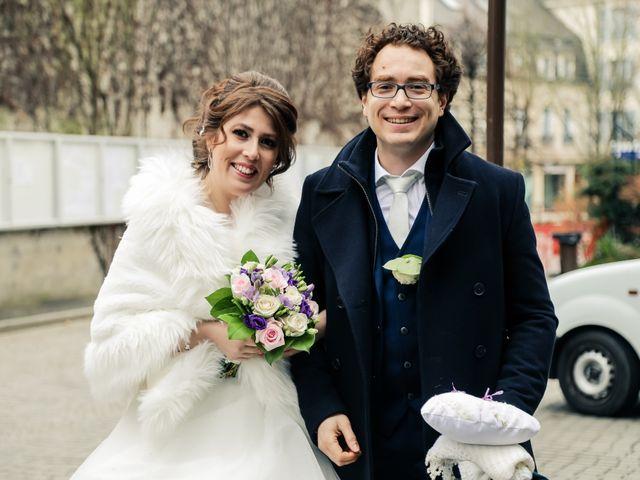 Le mariage de Sylvain et Nadia à Mantes-la-Jolie, Yvelines 32