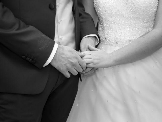 Le mariage de Sylvain et Nadia à Mantes-la-Jolie, Yvelines 38