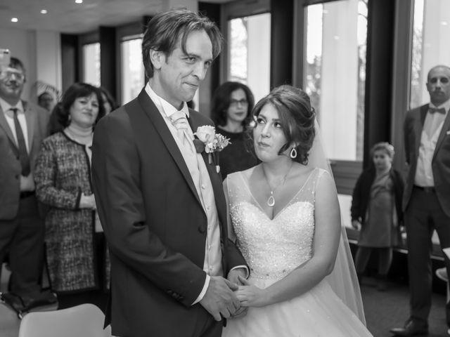 Le mariage de Sylvain et Nadia à Mantes-la-Jolie, Yvelines 39
