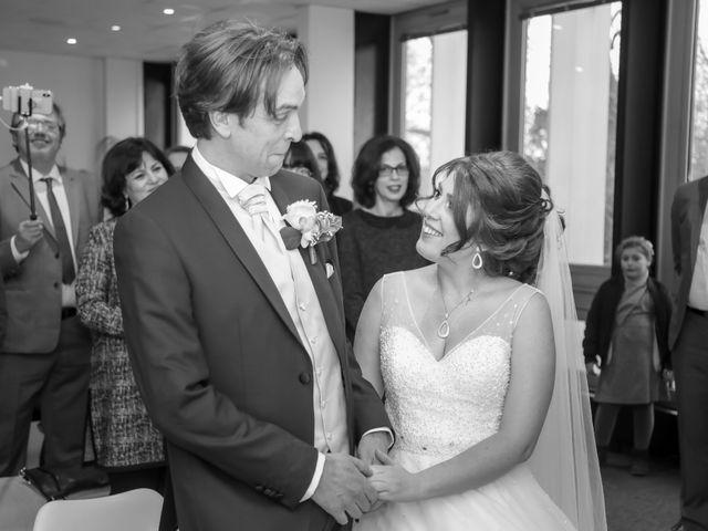 Le mariage de Sylvain et Nadia à Mantes-la-Jolie, Yvelines 40