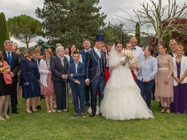 Le mariage de Yoann et Eva à Crillon le Brave, Vaucluse 15