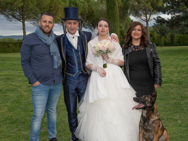 Le mariage de Yoann et Eva à Crillon le Brave, Vaucluse 28