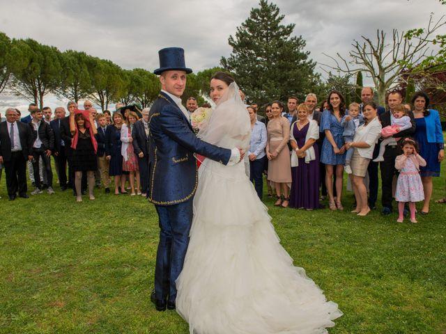 Le mariage de Yoann et Eva à Crillon le Brave, Vaucluse 46