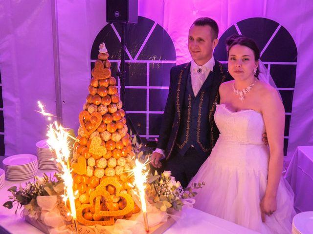 Le mariage de Yoann et Eva à Crillon le Brave, Vaucluse 52