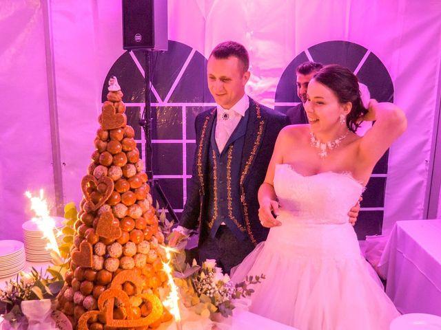 Le mariage de Yoann et Eva à Crillon le Brave, Vaucluse 53