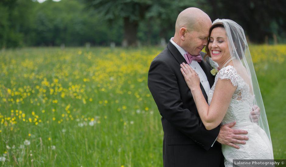 Le mariage de Mark et Natalia à Radepont, Eure