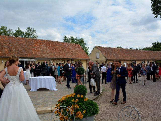 Le mariage de Michael et Morgane à Courville-sur-Eure, Eure-et-Loir 92