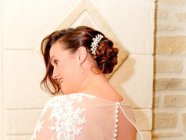 Le mariage de Camille et Émeline à Roost-Warendin, Nord 18