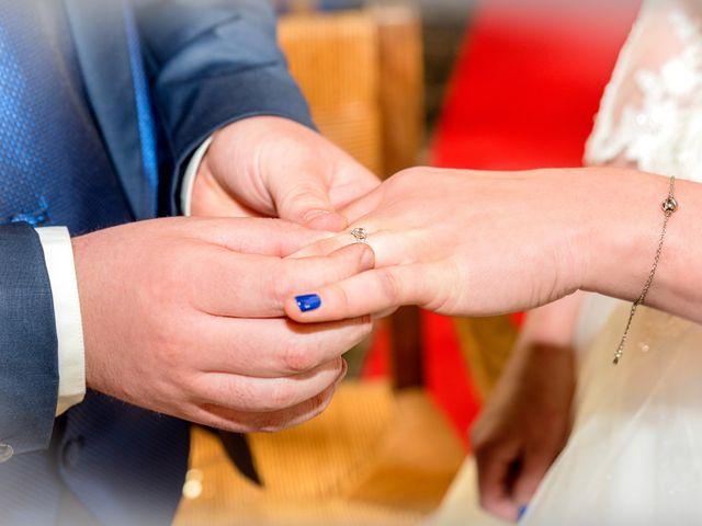 Le mariage de Camille et Émeline à Roost-Warendin, Nord 28