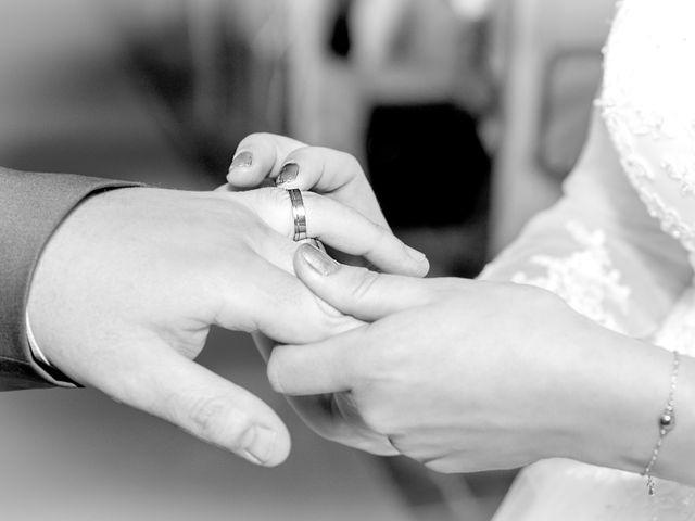 Le mariage de Camille et Émeline à Roost-Warendin, Nord 29