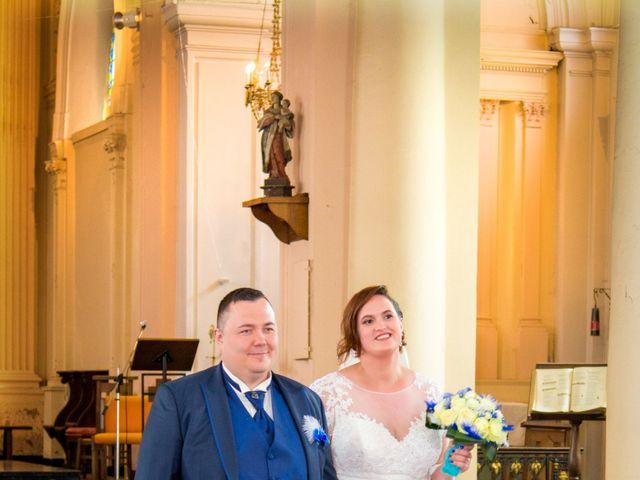 Le mariage de Camille et Émeline à Roost-Warendin, Nord 33
