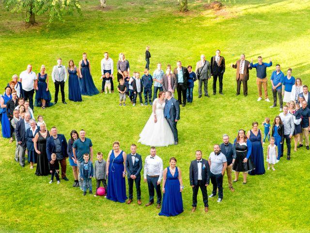 Le mariage de Camille et Émeline à Roost-Warendin, Nord 53