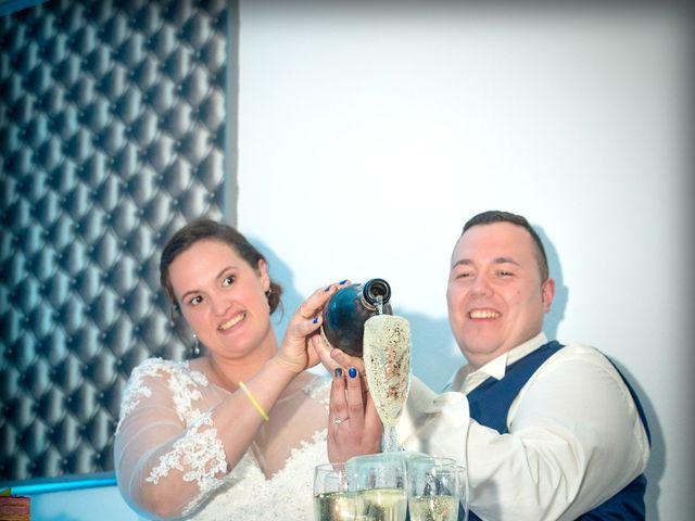 Le mariage de Camille et Émeline à Roost-Warendin, Nord 71