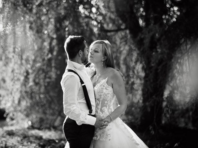Le mariage de Alexis et Cindy à L'Isle-Jourdain, Gers 42