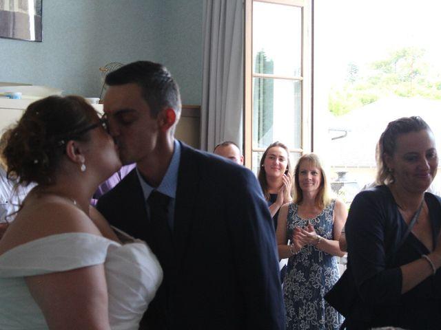 Le mariage de Damien et Magalie à Salon-la-Tour, Corrèze 14