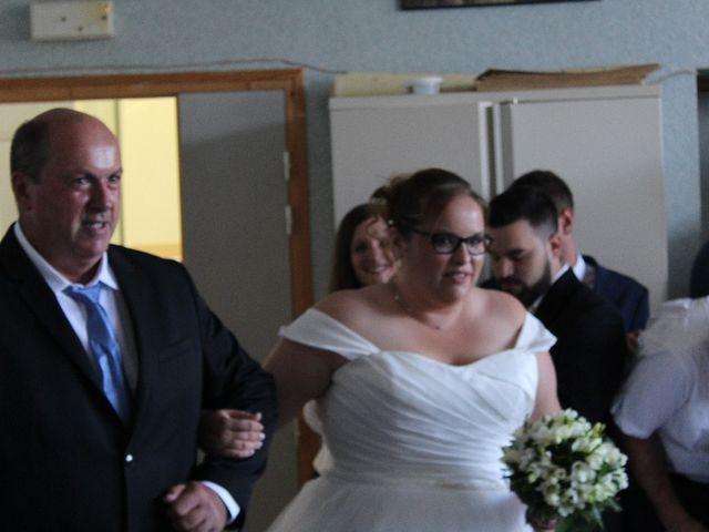 Le mariage de Damien et Magalie à Salon-la-Tour, Corrèze 16