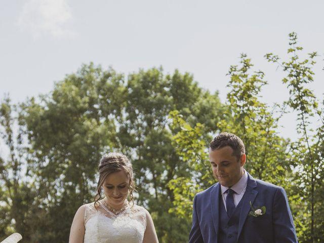 Le mariage de Julien et Delphine à Coltainville, Eure-et-Loir 4