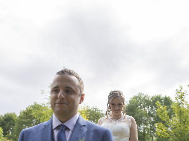 Le mariage de Julien et Delphine à Coltainville, Eure-et-Loir 7